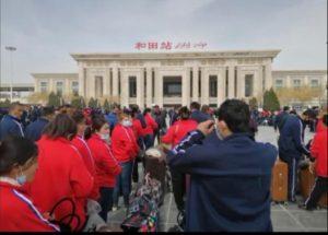 """Uygur işçiler köle olarak hizmetinize hazır, minimum sipariş 100 işçi!"""" -  Uygur Hareketi"""