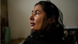 التعليق على الصورة،  قضت تورسوناي زياودون، تسعة أشهر في معسكرات الاحتجاز الصينية